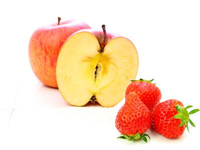 イチゴとリンゴ