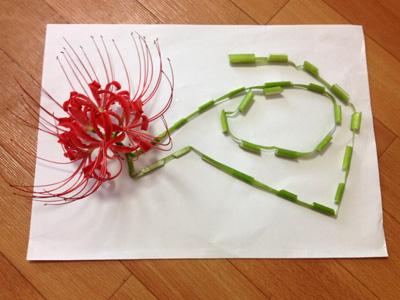 ヒガンバナの首飾り:作り方その2