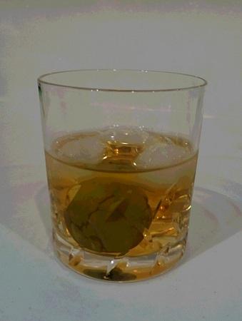 グラスに入った梅酒