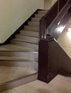 デオドールへの階段