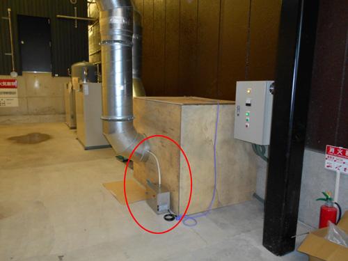 排気ダクトに接続した消臭器