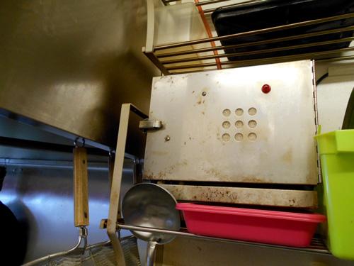 厨房に設置した消臭器