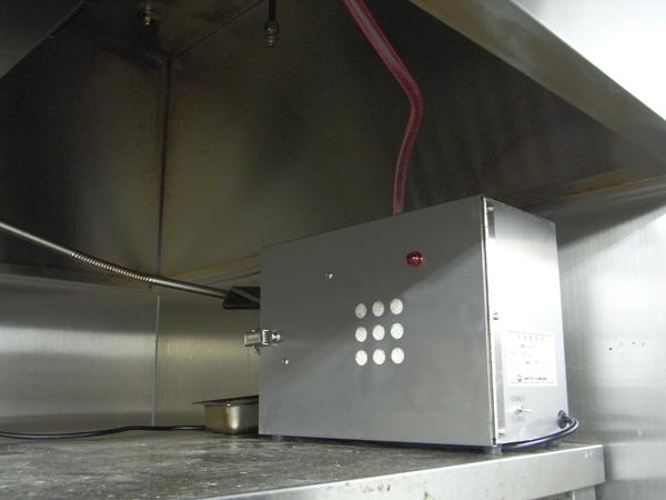 消臭器のテスト設置