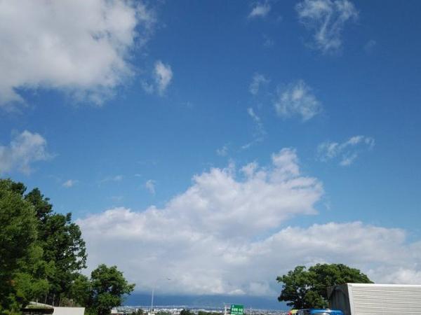 山梨の青空1