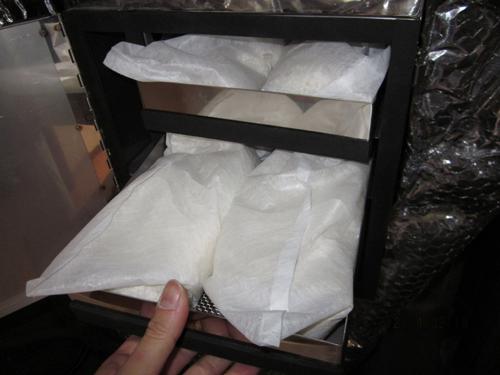 ビーズタイプの消臭剤(不織布入り)
